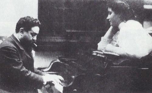 Isaac albeniz au piano
